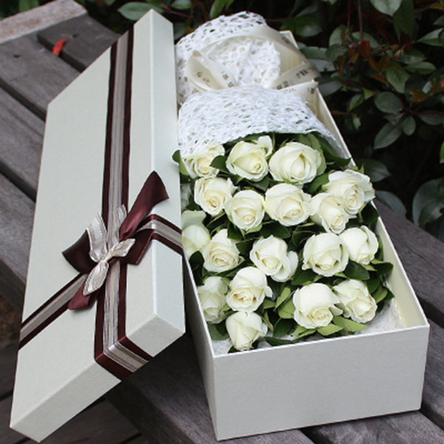 send 18 white roses to china