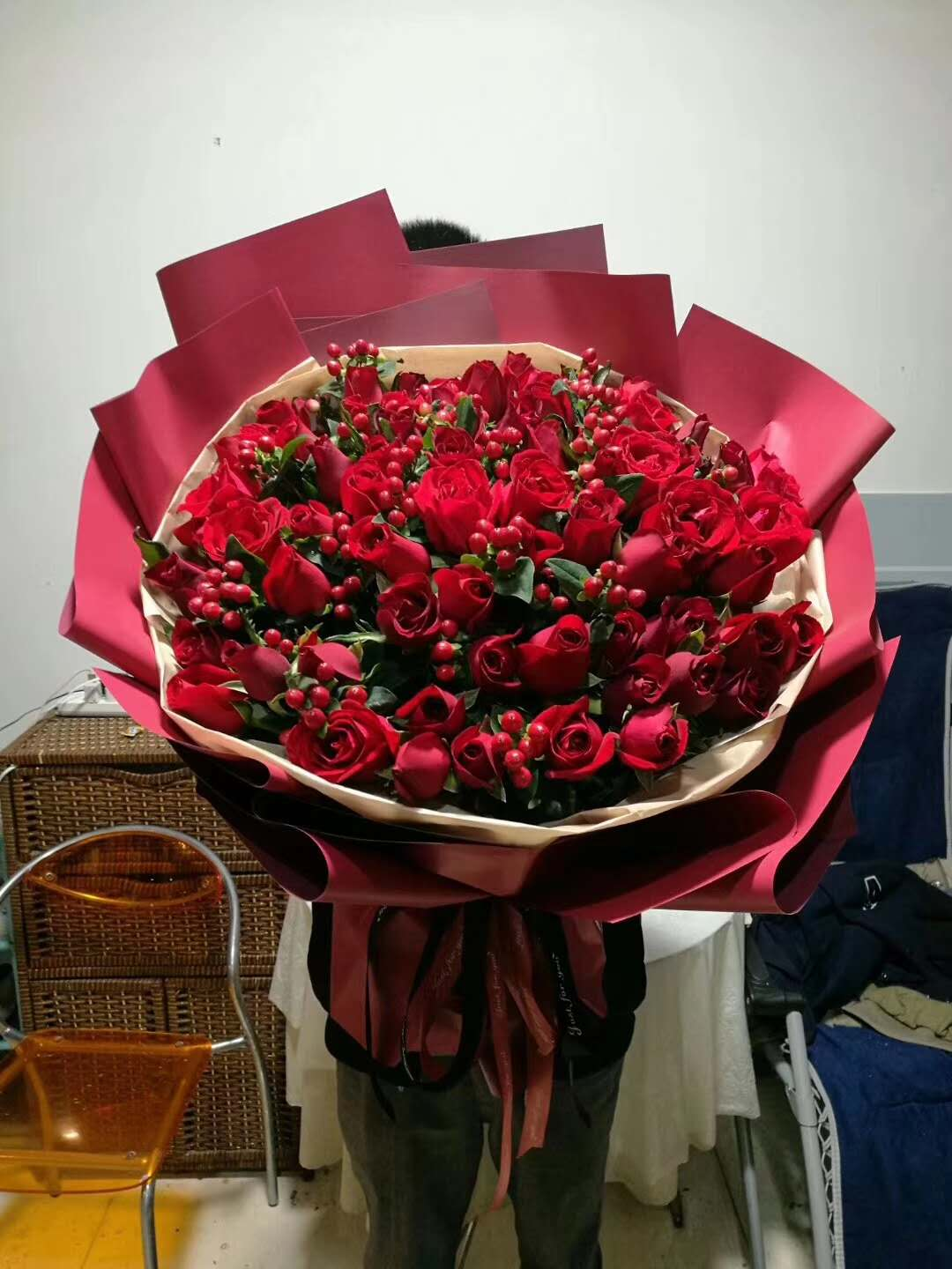 send 66 red roses to shanghai