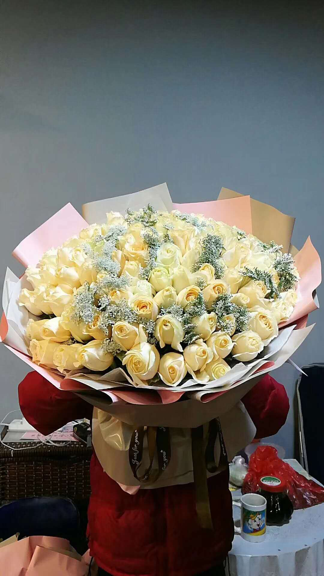 send 66 champagne roses to shanghai