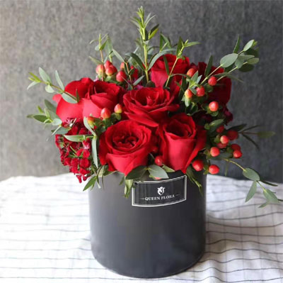 send bucket of roses to shanghai