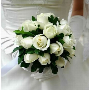 send 15 white roses to china